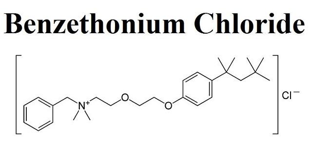 Benzethonium chloride là một trong những chất FDA chống chỉ định có mặt trong nước rửa tay